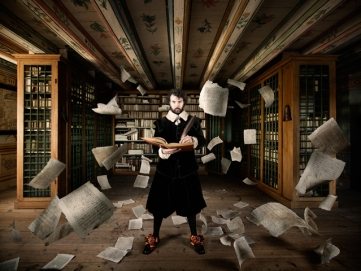 PAST 21stC © Alexia Sinclair - 'Library' 2013